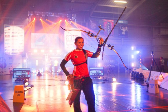 Aida Roman: rock star. Finals 2014 European Archery Festival. © 2014 The Infinite Curve